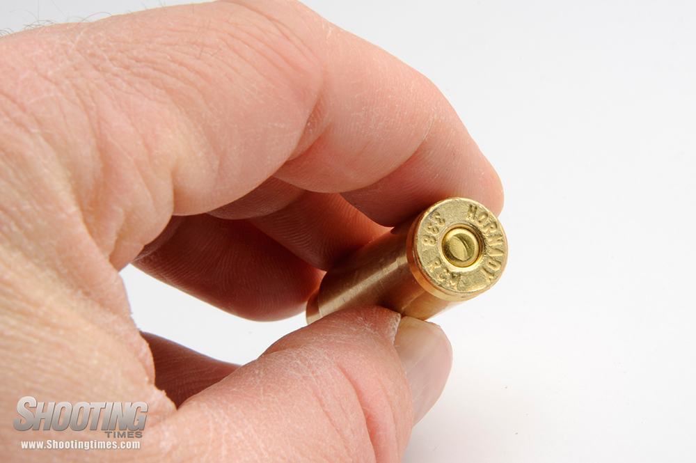 //www.shootingtimes.com/files/10-most-common-reloading-mistakes/overzealous-primer-seating.jpg