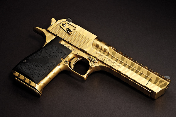 Now, I have to admit that I never was much of a fan of the Desert Eagle. And most of you regular
