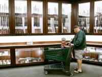Shopping-for-gun