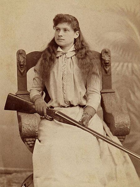 //www.shootingtimes.com/files/the-best-exhibition-shooters-of-all-time/annie_oakley.jpg