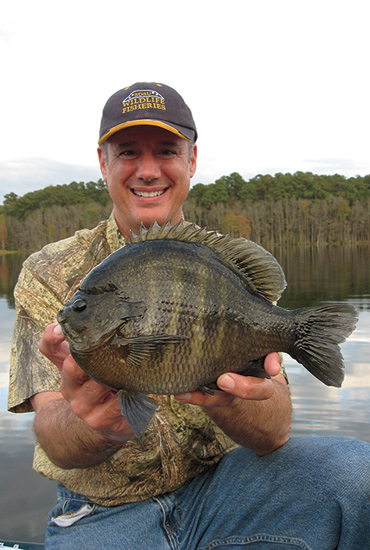 //www.in-fisherman.com/files/10-top-sunfish-spots/richmond-mill-lake-north-carolina.jpg