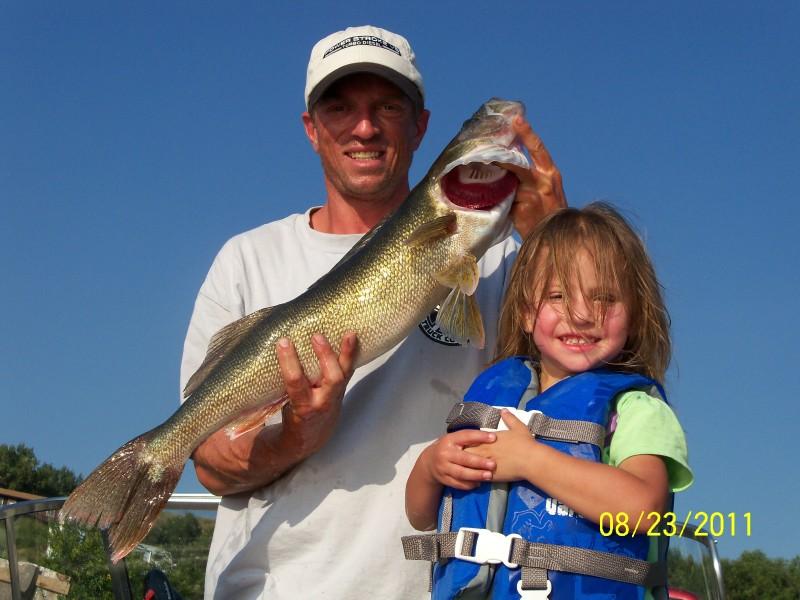 29.5 inch Lake Oahe walleye