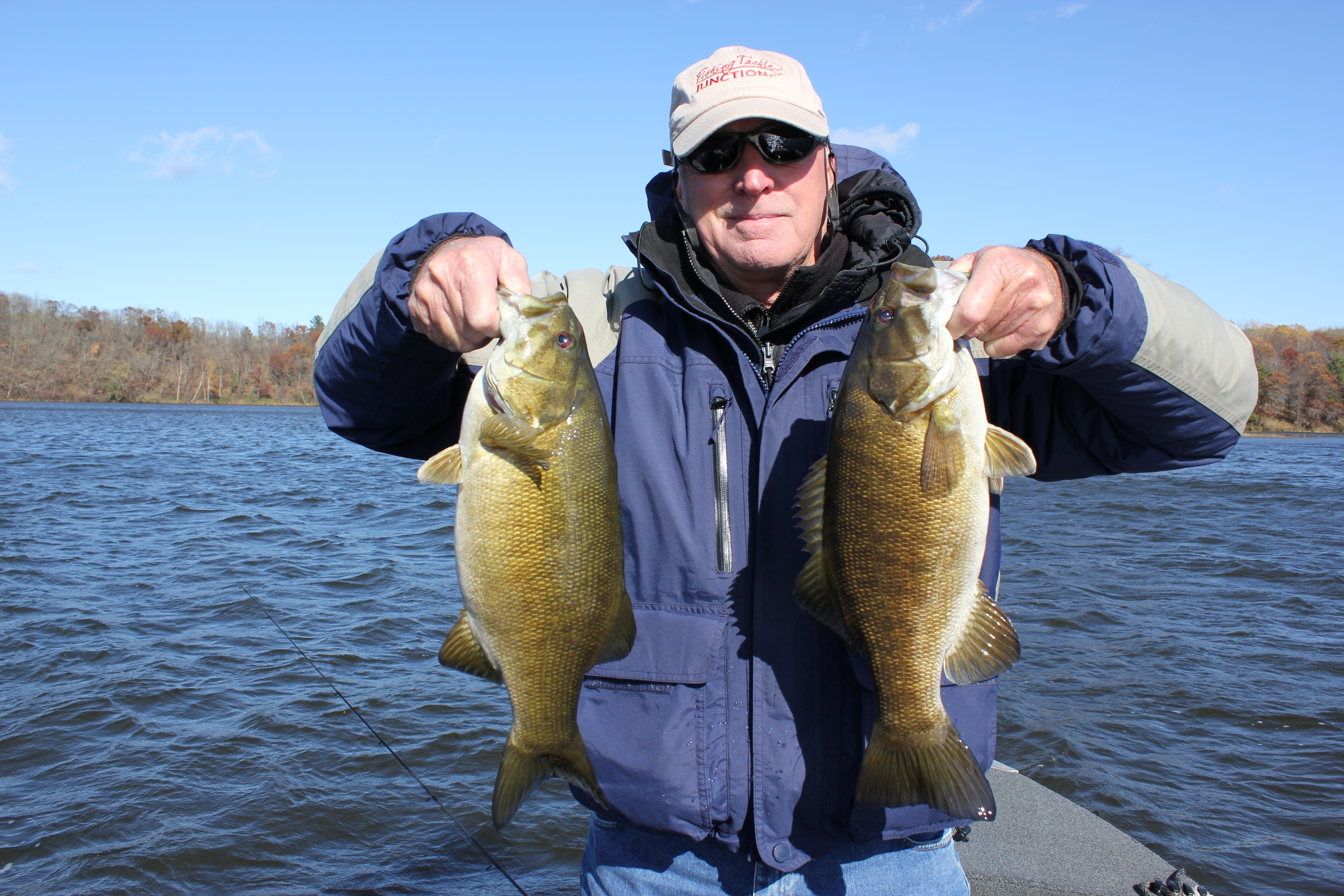 David Gray, owner of Carbon X Rods, came to Lake Country, Minnesota last week. And bassed out.