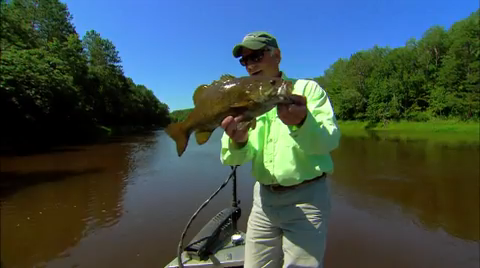 Editor In Chief Doug Stange spends the day casting spinnerbaits for blade-stopping river