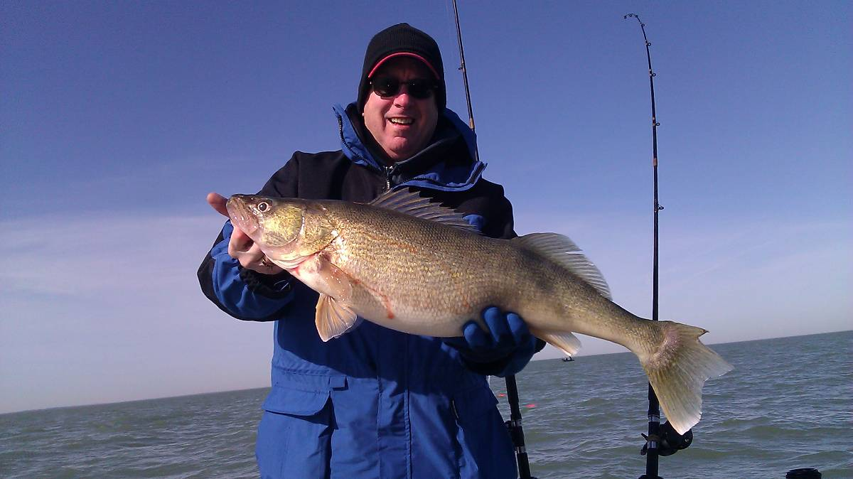 WALTER CHARLES VINCENT JR 4206 Waterford Way Gurnee  CAUGHT THIS HUGE WALLEYE FISHING WITH