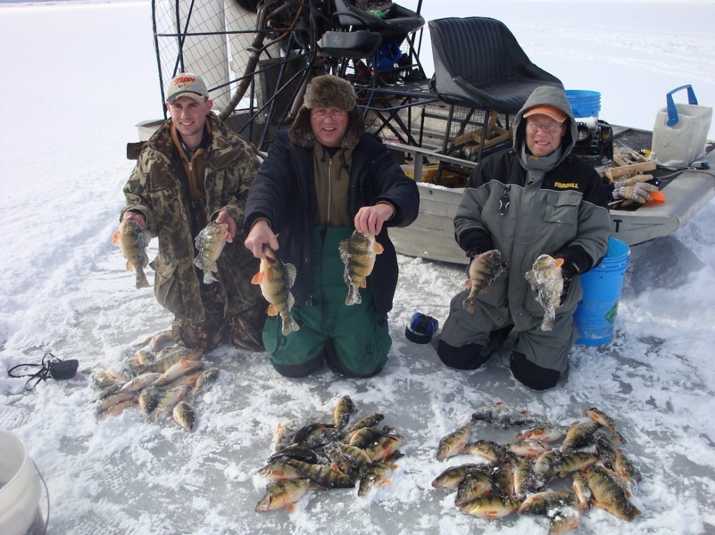 Perch fishing the mississippi backwaters for Ice fishing perch