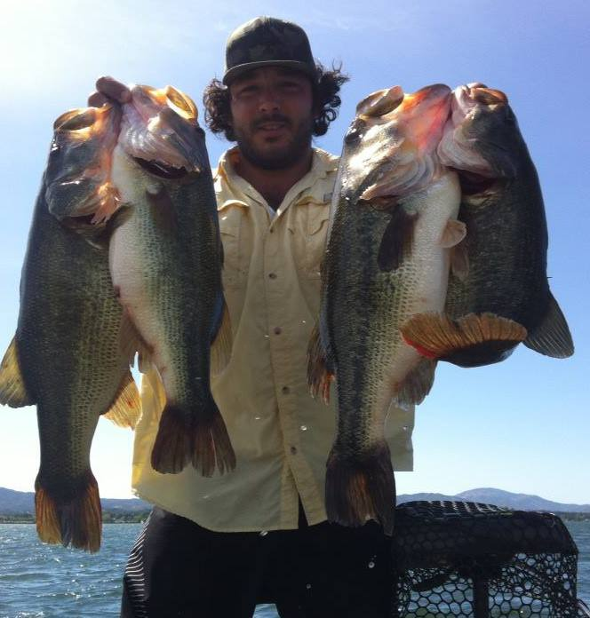 kris huff stockton ca  4 of the 5 caught in the first day of a two day tourney..~!! beat the