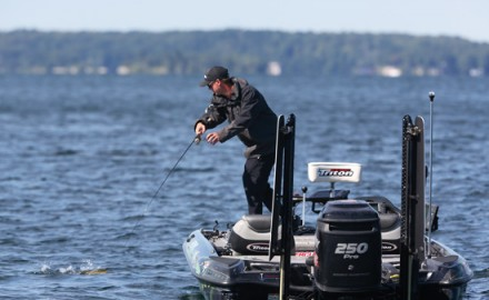 Pro's share their favorite tips on loading the boat with deep water smallmouths.