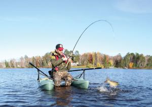 Kickboat-Catfish-Jump-Catch-In-Fisherman
