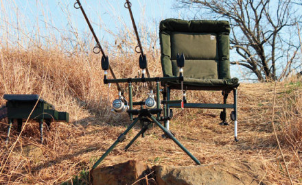 Shore-fishing supreme. Fish in comfort in a Nash Indulgence Low-Line Chair. Complete the setup