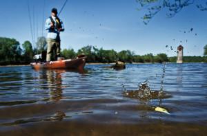 Standing-Kayak-Cast-In-Fisherman