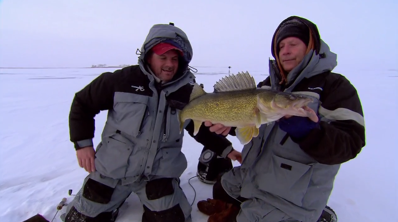 Lure strategies for ice walleyes in fisherman for Walleye fishing pole
