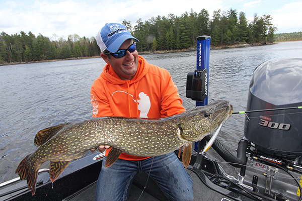 Canada for Trophy Pike