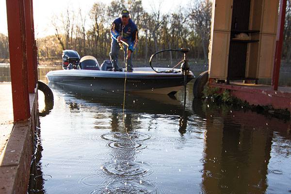 Tips-on-Shooting-Docks-for-Crappie