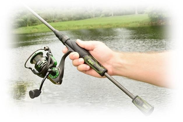 Ultra light fishing rods in fisherman for Ultra light fishing rod