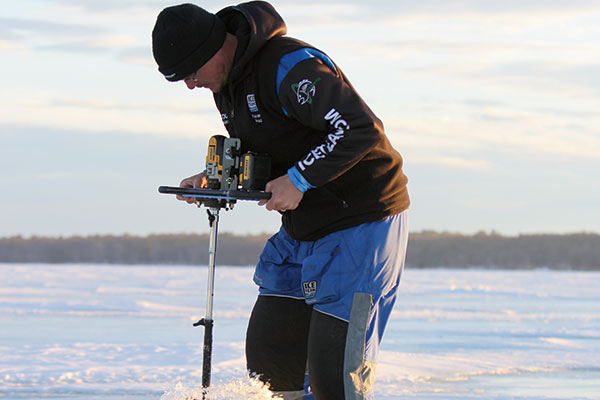 Alternative ice augers for cleaner results in fisherman for Ice fishing augers