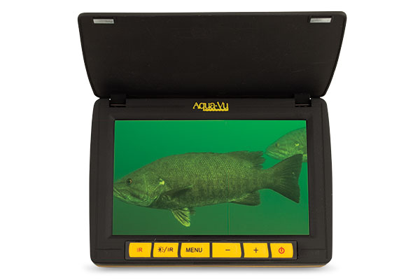 LCD-Screens-for-Finding-Winter-Bass