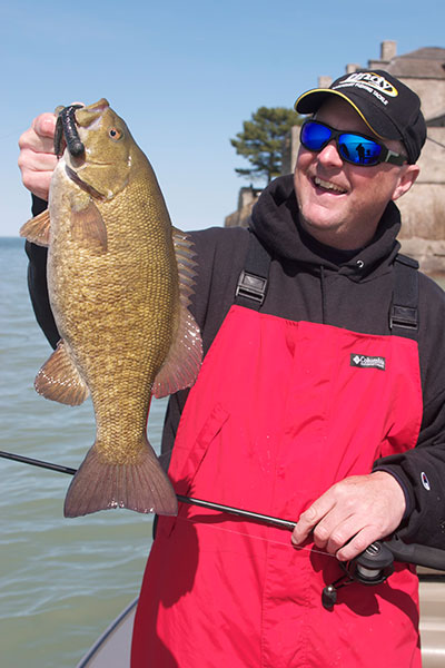 //www.in-fisherman.com/files/2017/11/Smallmouth-on-Lake-Ontario.jpg