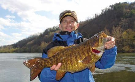 Find out what magic temps trigger hot-action for big smallies.