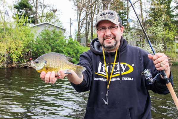 Casting-to-Shallow-Panfish