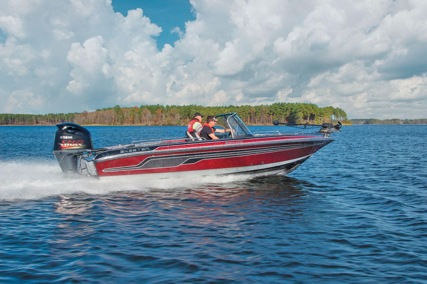 Fish-Play-Solera-Boat