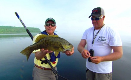 Doug Stange and Captain Bret Alexander go after smallmouths with select hair jigs on Green Bay.