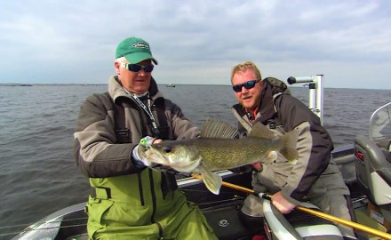 Jeff Simpson and Captain Bret Alexander demonstrate how to make long casts with select lures at the