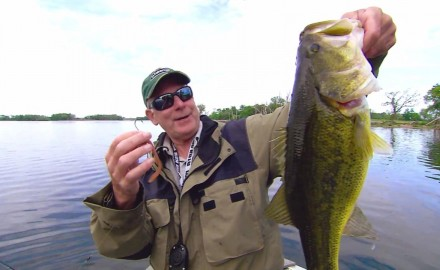 Doug Stange highlights retro trick-worm tactics for largemouths.