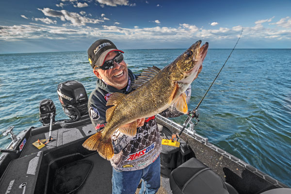 Walleye Fishing During Algae Blooms
