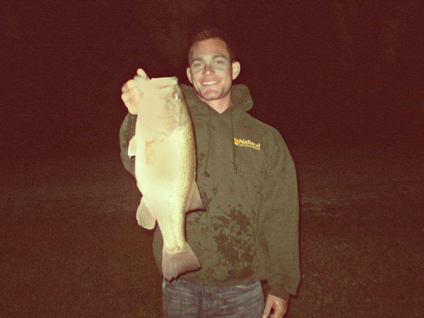 //www.in-fisherman.com/files/2018/06/Top-Tips-for-Bass-Fishing-at-Night.jpg