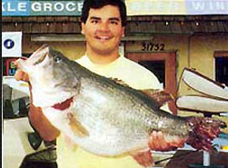 //www.in-fisherman.com/files/largemouth-bass-records/michaelarujo.jpg