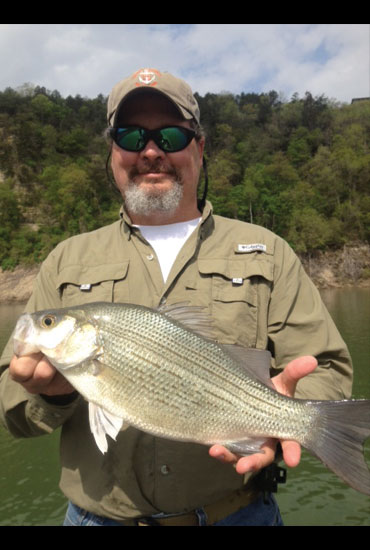 //www.in-fisherman.com/files/master-angler-2013/white-bass-william-evans-conway-ar-22-5-inches-in-fisherman.jpg