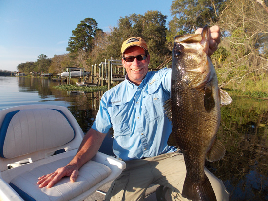 //www.in-fisherman.com/files/top-10-bassin-states/florida1.jpg