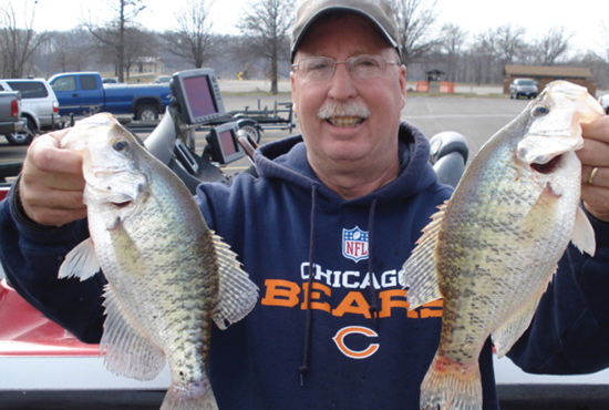 //www.in-fisherman.com/files/top-10-states-for-giant-crappies/illinois-stevewelchillinois.jpg