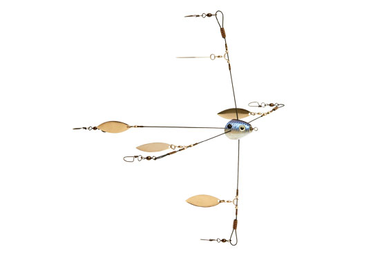 //www.in-fisherman.com/files/umbrella-rigs-and-add-ons/strike-king-titanium-umbrella-rig-in-fisherman.jpg