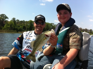 Bassmaster Classic 2014 Randy Howell and Cole with his first bass