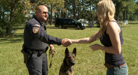 k9s4 cops Amazing Amercia with Sarah Palin