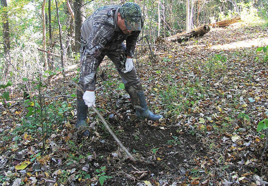 Late Season Deer Hunting Tips by Travis Faulkner - Mock scrape