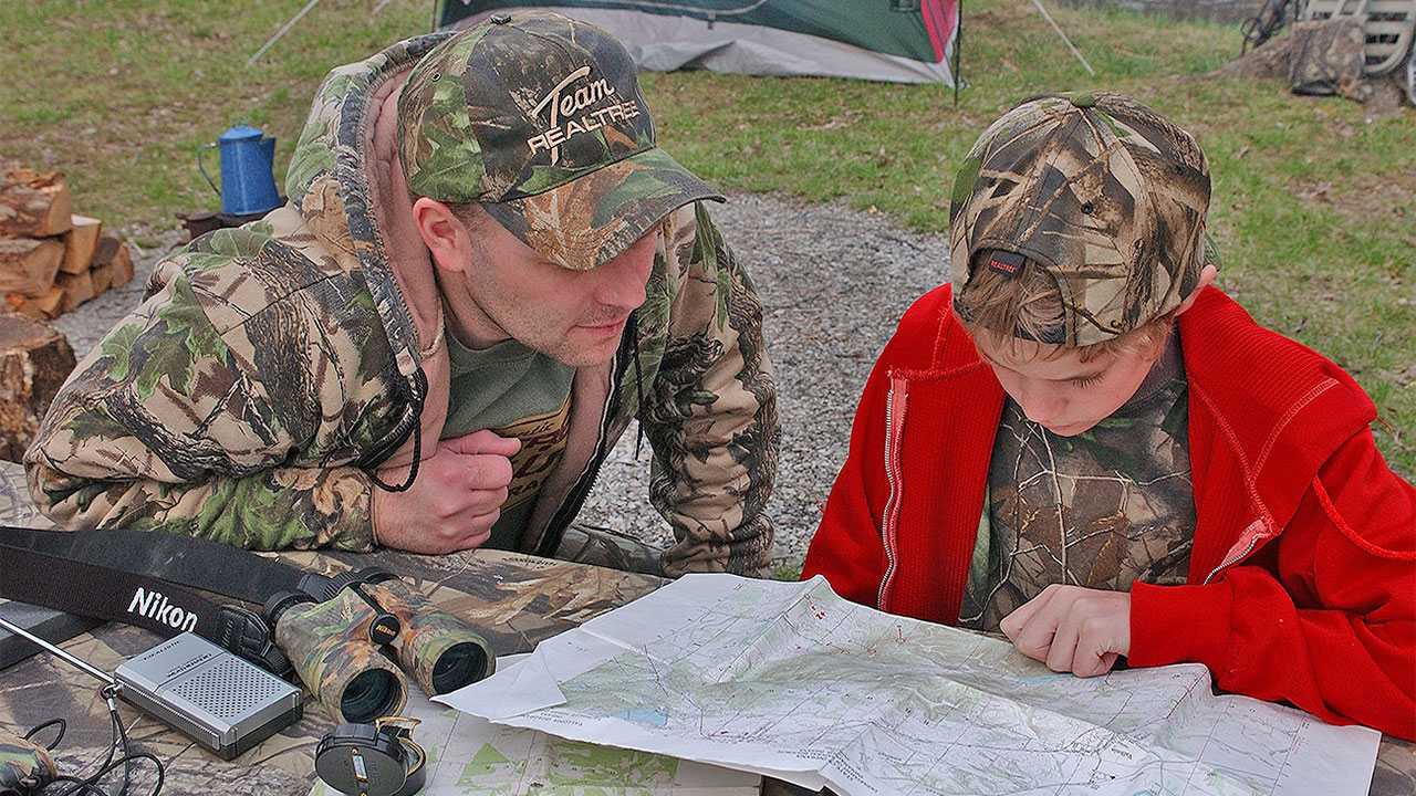 smart-buck-hunting-tips-topo-map-study