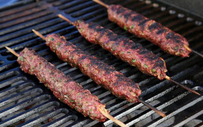 Kebabs grilling (Jenny Nguyen photo)