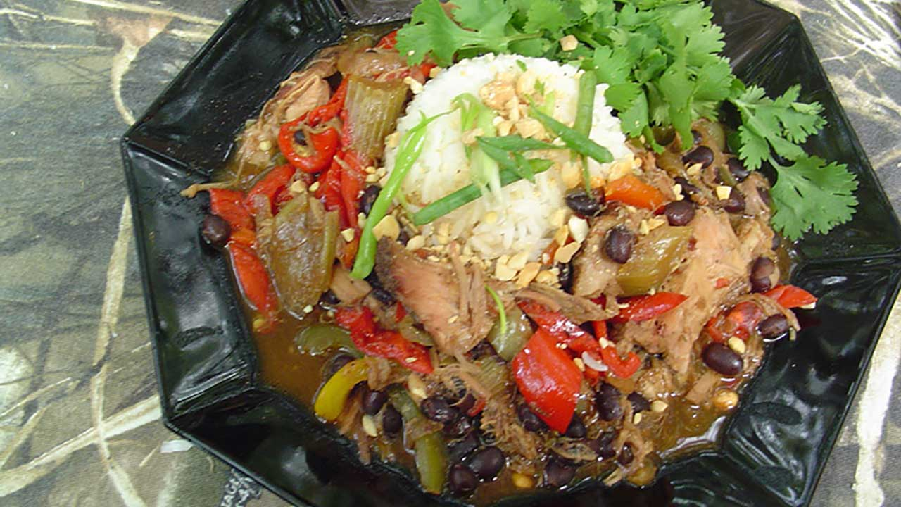 Wild Pig, Peppers and Black Beans Recipe