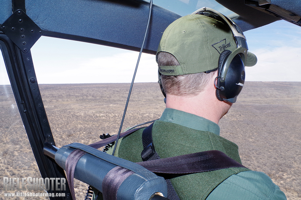 //www.rifleshootermag.com/files/helicopter-hog-hunting-tips/helicopter_hog_hunting_11.jpg