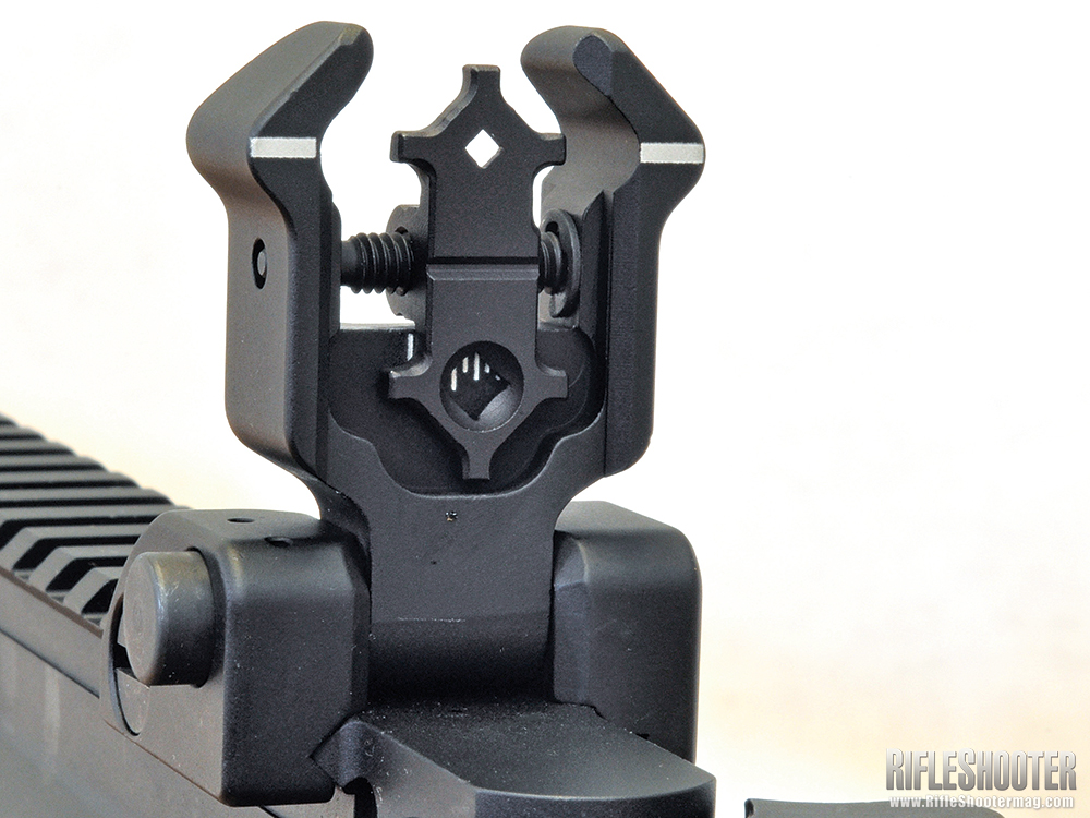 //www.rifleshootermag.com/files/stag-arms-model-8t-review/stag_model_8t_review_2.jpg