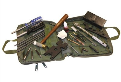 This field maintenance pack is designed for servicing combat weapons and, provide the soldier or