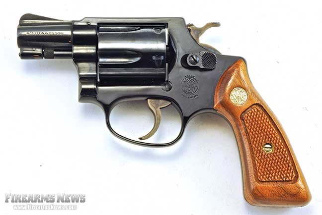 classic-snubnose-era-revolvers-of-8