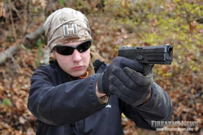 steyr-l40-a1-pistol-review-1
