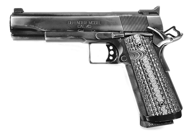 Springfield1911A1_Defender