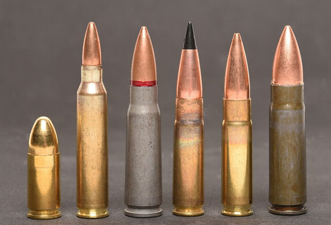 A comparison, L to R, 9x19, 5.56x45, 7.62x39, 300 BLK super and subsonic and 9x39 Wolf.