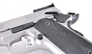 Ruger-SR1911-in-10mm-trigger