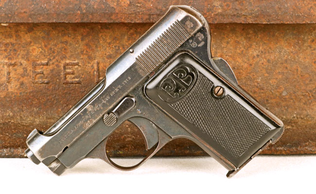 The Beretta 418 was an evolutionary development of the pre-war Beretta 1919. Chambered in .25ACP and tiny enough to hide in your palm, the Beretta 418 was 007's primary handgun for the first five Bond novels.